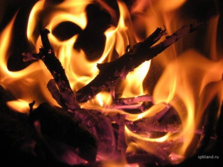 Огонь – самый опасный разрушитель домов