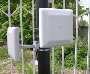 Охранный радиоволновый извещатель