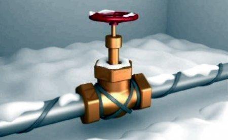 От промерзания трубопровода спасет греющий кабель