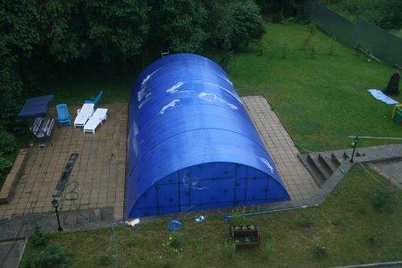 Установка на приусадебном участке навеса из поликарбоната