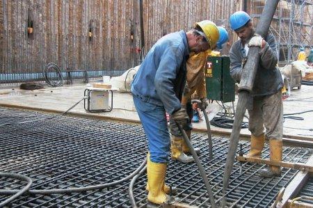 Вибраторы для уплотнения бетонных смесей