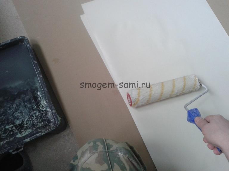 отделка потолка обоями виниловыми
