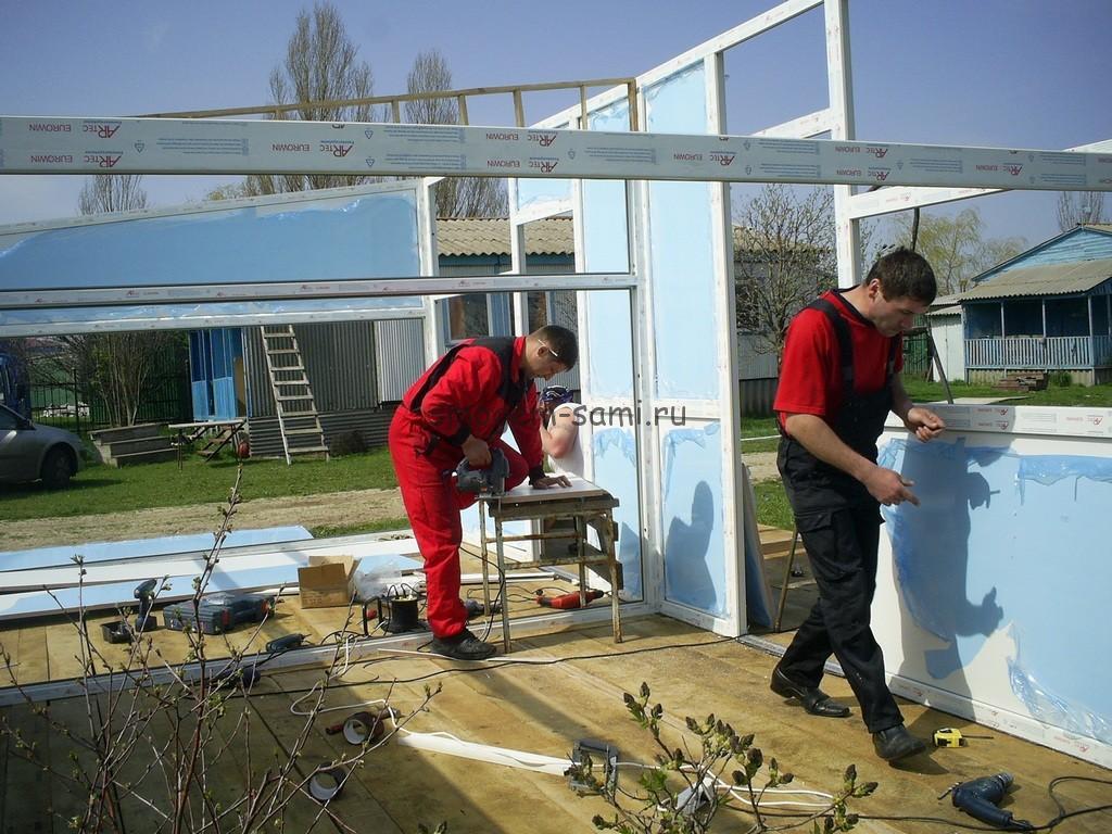 как построить недорогой домик для отдыхающих у моря
