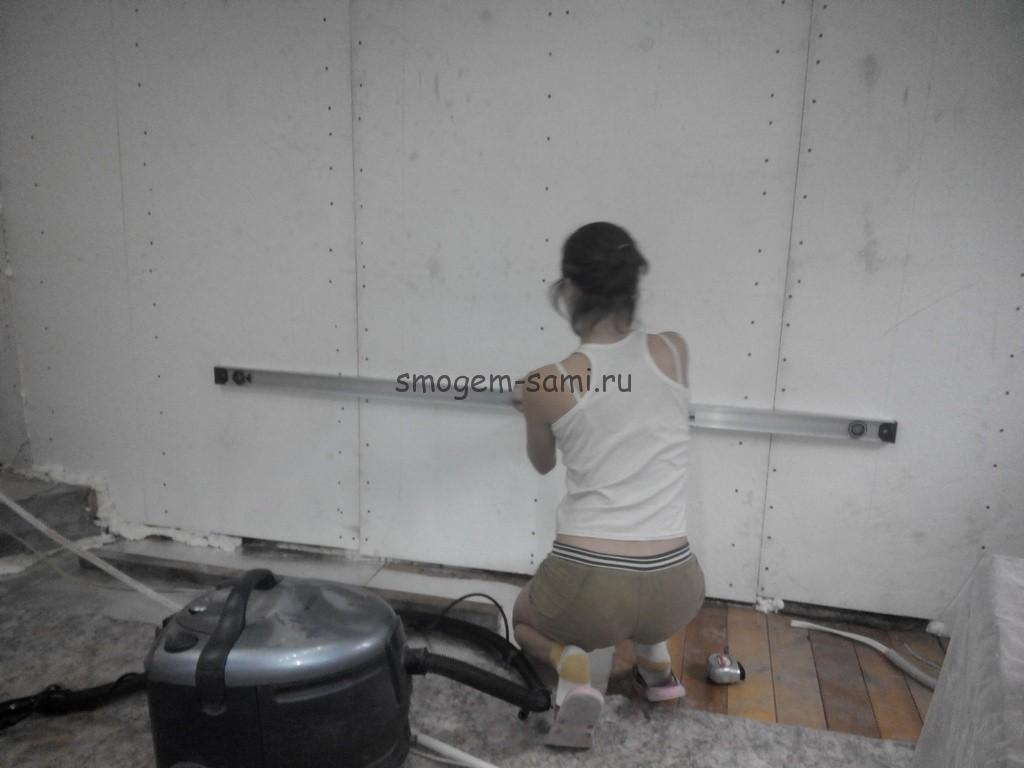 как сделать встроенный стеллаж в комнате