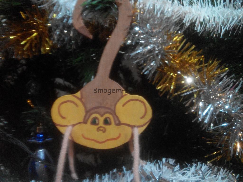 новогодняя поделка елочная игрушка из фанеры обезьяна в детский сад