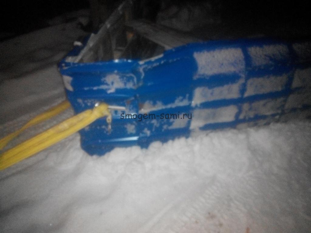 чистка дороги от снега на машине