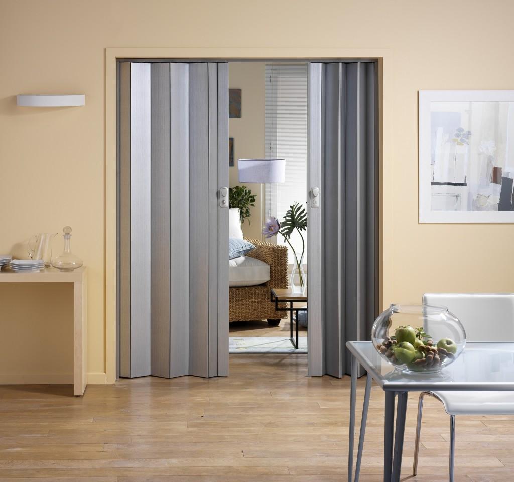 Дверь - гармошка фото
