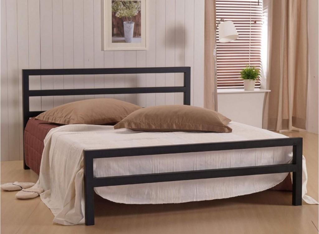 Металлическая кровать фото2