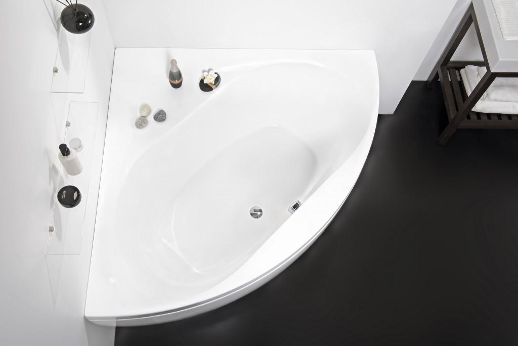 Olivia-Wht-Corner-Acrylic-Bathtub_DSC2635