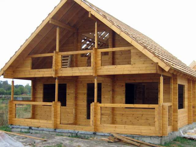 Строительство дома из бруса фото2