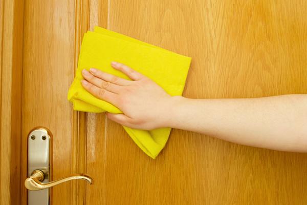 Как ухаживать за дверями фото3