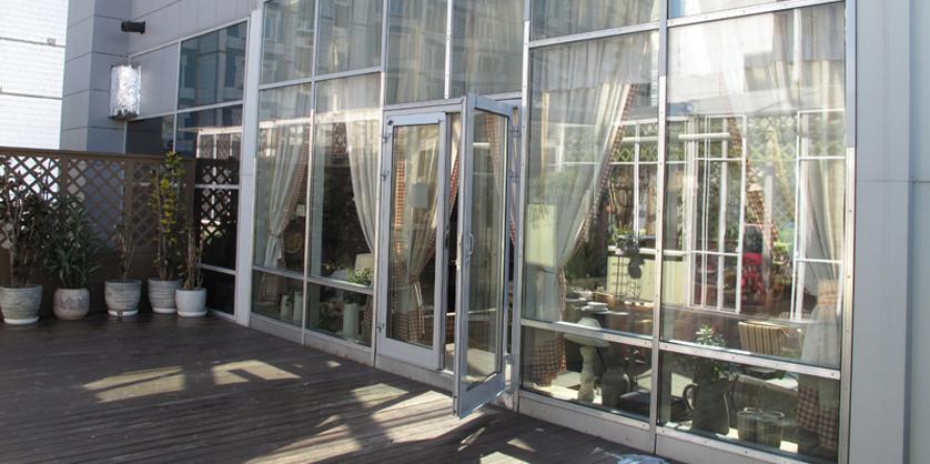 Двери из алюминиевого профиля фото3