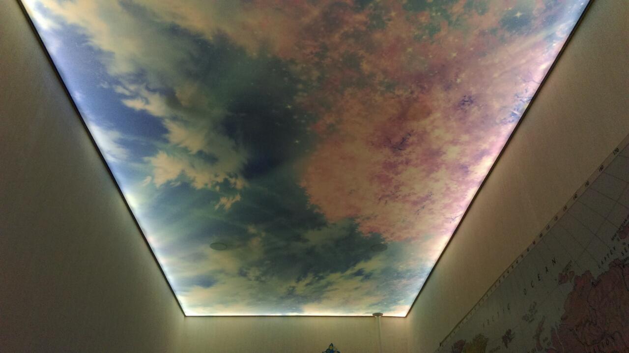 Пленочные натяжные потолки фото2