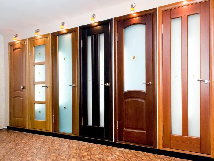Как выбрать двери для квартиры фото