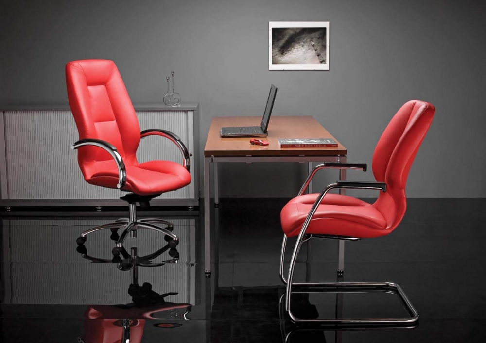 Офисные кресла фото2