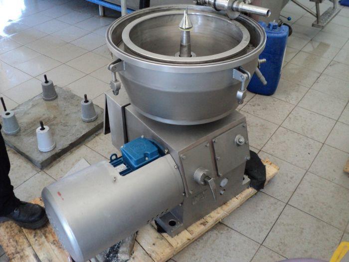 Сепаратор молокоочиститель фото2