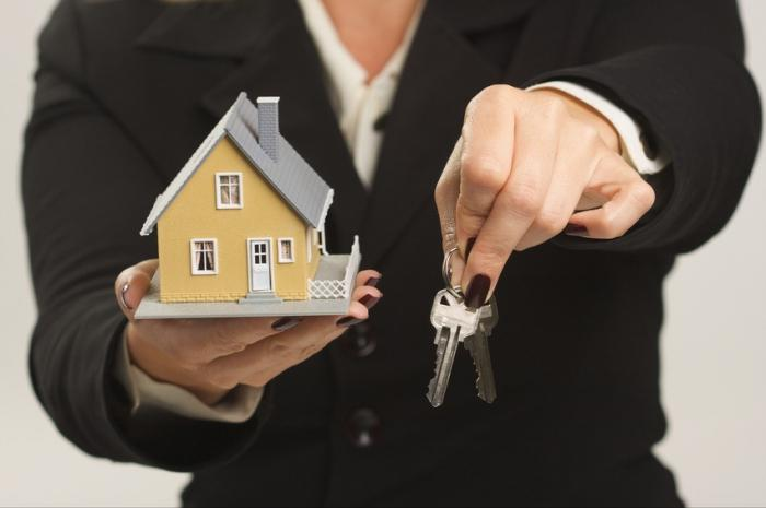 Жилье через агентство недвижимости фото2